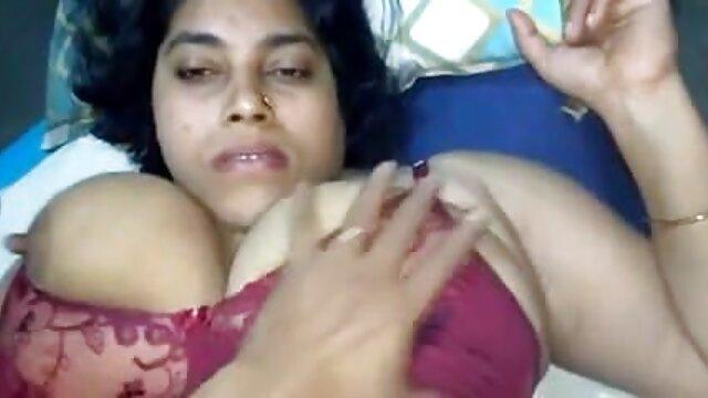 दो समलैंगिकों ने बाथरूम में हिंदी वीडियो सेक्सी फुल मूवी मस्ती की