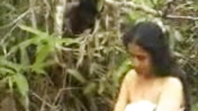 फिशनेट स्टॉकिंग्स में एमआईएलए ने एक आदमी के मुर्गा से सभी सह को फुल हिंदी सेक्स मूवी चूसा