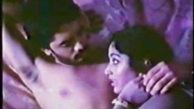 सुंदर मालिश करने के लिए ग्राहक को बकवास करने के लिए मजबूर किया सेक्सी वीडियो फिल्म हिंदी मूवी