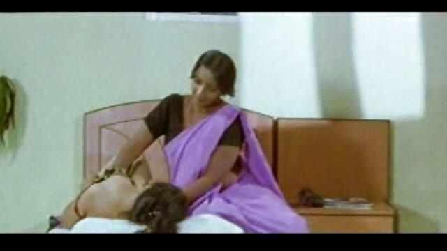 संचिका प्यारी कांच हिंदी में सेक्सी मूवी वीडियो में की मेज पर बिल्ली हस्तमैथुन