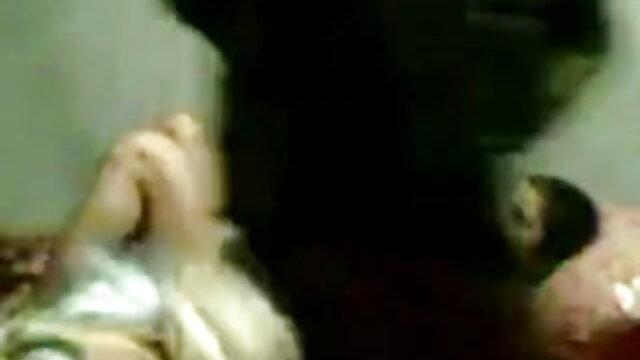 बेटी का पहला सेक्सी वीडियो मूवी हिंदी में सेक्स