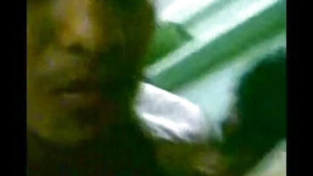 व्हाइट माचो वेब कैमरा के सामने योनि सनी लियोन सेक्सी मूवी हिंदी में busty काली औरत fucks