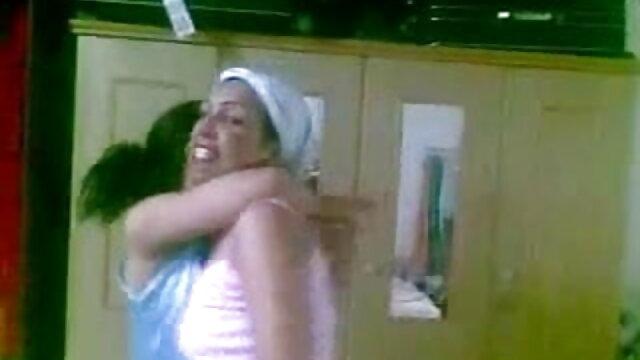 नौकरानी वर्दी में श्यामला कैमरे पर उसे गुदा फुल हिंदी सेक्स मूवी fucks