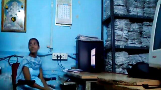 दो ब्रुनेट्स के साथ कूल सेक्सी मूवी वीडियो हिंदी में सेक्स