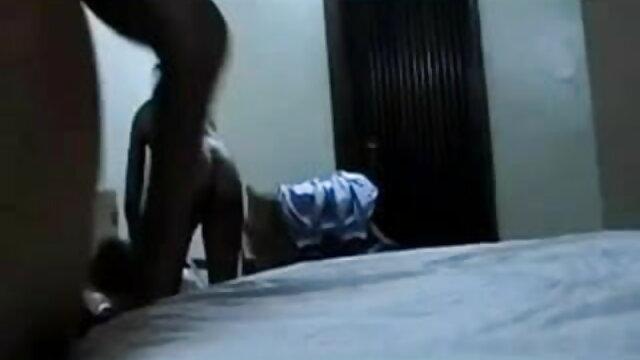 परिपक्व सेक्सी पिक्चर हिंदी फुल मूवी एमआईएलए cuddle के लिए बाहर चला गया