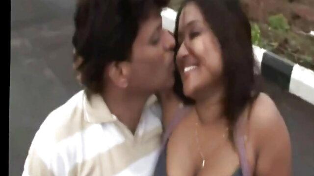 चेक लड़के पार्टी में माताओं और कॉलेज की लड़कियों को फुल मूवी सेक्सी हिंदी चोदते हैं