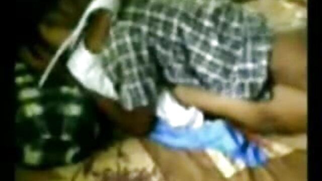 दोस्त ने सीढ़ी में गुदा में एक एशियाई लड़की को गड़बड़ कर हॉलीवुड सेक्सी हिंदी मूवी दिया