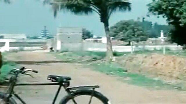नाइस साइज़्ड मिल्फ़ हिंदी मूवी सेक्सी वीडियो नाइल्ड ऑन अ ब्लैक गाइ