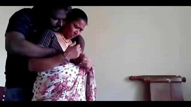 चाड व्हाइट मुँह बिस्तर हिंदी मूवी सेक्स मूवी पर सेक्सी नानी काला