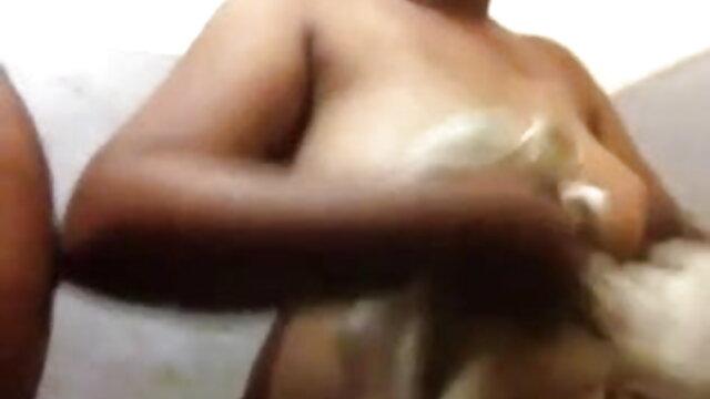 प्रेमी सेक्सी मूवी हिंदी वीडियो बिल्ली वेबकैम पर मोजा में शादीशुदा एमआईएलए द्वारा गड़बड़ कर दिया