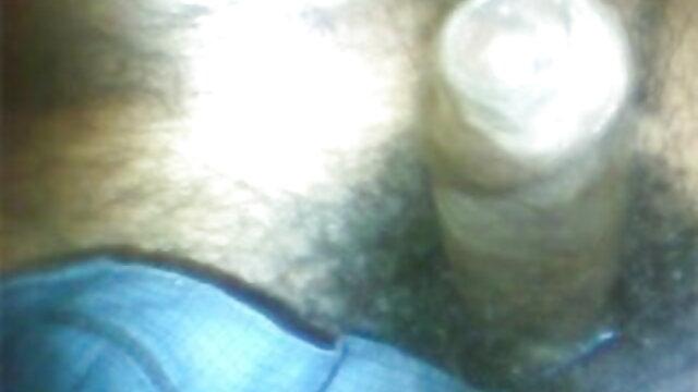 एक आदमी ने गधे में एक युवा प्रेमिका और न्यू हिंदी सेक्सी मूवी उसके अंदर सह