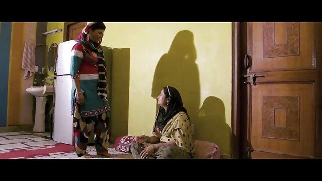 हॉट और सेक्सी लड़कियां बॉलीवुड सेक्सी हिंदी मूवी