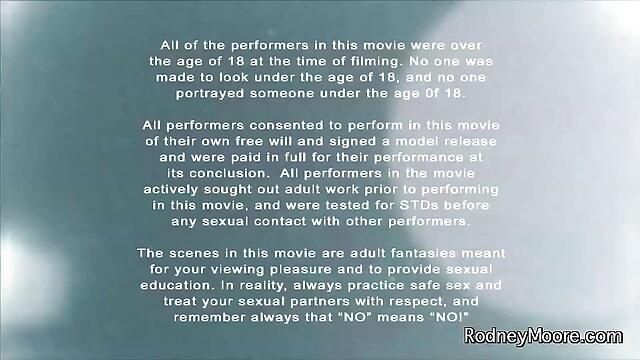 युवा गोरा कार्यालय में बेकार हिंदी सेक्सी पिक्चर फुल मूवी वीडियो है