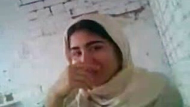 भव्य खान और इवाना कुराप सोफे पर गधा और सेक्सी मूवी हिंदी में वीडियो मुंह गड़बड़ हो जाते हैं