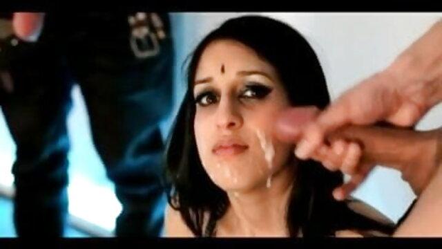 सुंदर लड़की कोरी डेविल ने सेक्सी हिंदी पिक्चर मूवी अच्छी तरह से 987 गड़बड़ किया
