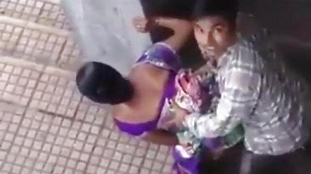 बर्फ सेक्सी वीडियो हिंदी में मूवी में लेस्बियन