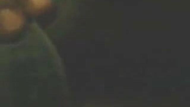 रूसी अश्लील: कैमरे पर सेक्सी हिंदी वीडियो मूवी युगल कमबख्त