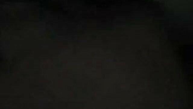 बड़े गधे के साथ नग्न माँ सेक्सी मूवी वीडियो हिंदी खेत और जंगल के माध्यम से रास्ता बनाती है