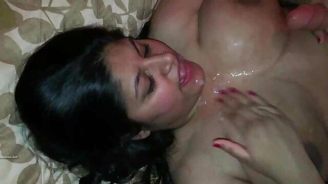 बालों वाली मूवी सेक्सी फिल्म वीडियो में चूत के साथ सौंदर्य 69 स्थिति में है